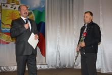 Вручение диплома 3-й степени Тарумовскому району